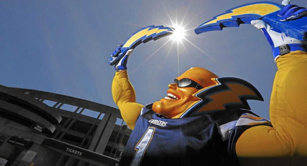 Bolt Man, mascote do Los Angeles Chargers