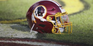 O Washington Redskins anunciou há pouco que irá aposentar a atual identidade visual, confira o comunicado oficial na integra.
