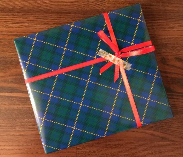 プレゼント包装始めました!(無料)