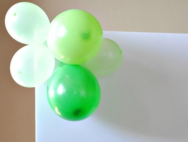 How to make a balloon backdrop