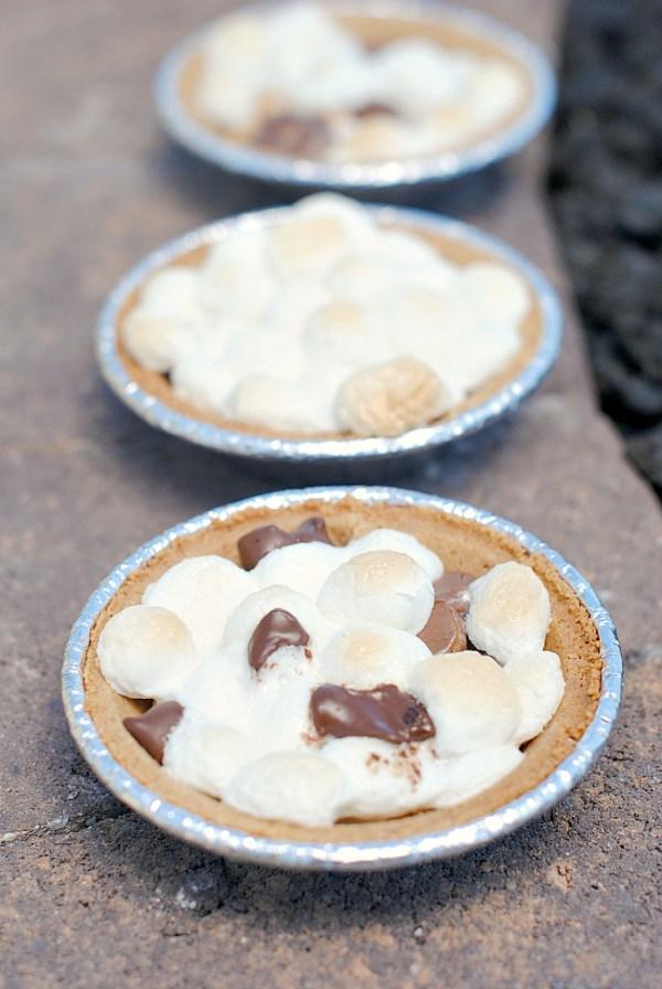 S'mores Mini Pies