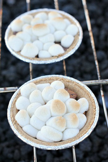 S'mores Pies