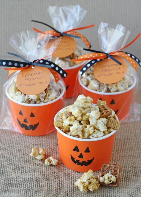 Caramel-Corn-Snack-Mix