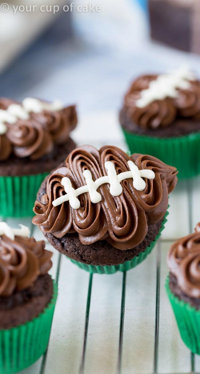 easy-football-cupcake
