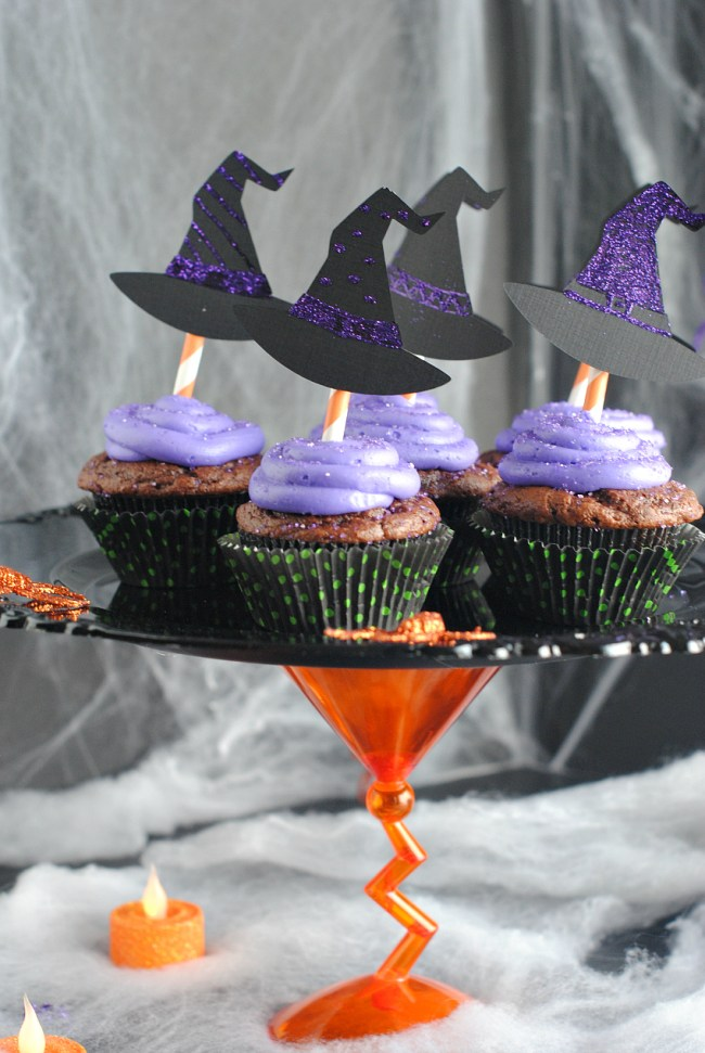 Witch Cupcakes and Halloween Cupcake Stand