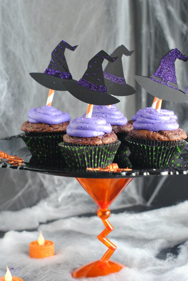 Witch Cupcakes and Halloween Cake Stand