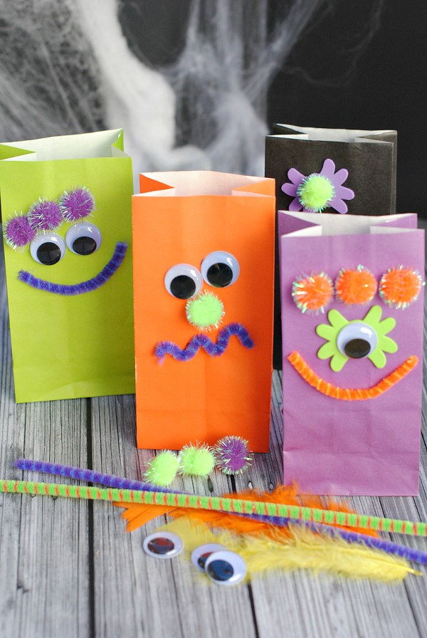 Easy Halloween Kids Craft Ideas for School Parties