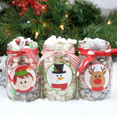Christmas Puppy Chow Recipe and Gift
