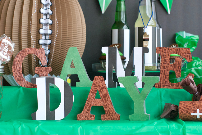 How to decorate for a football party