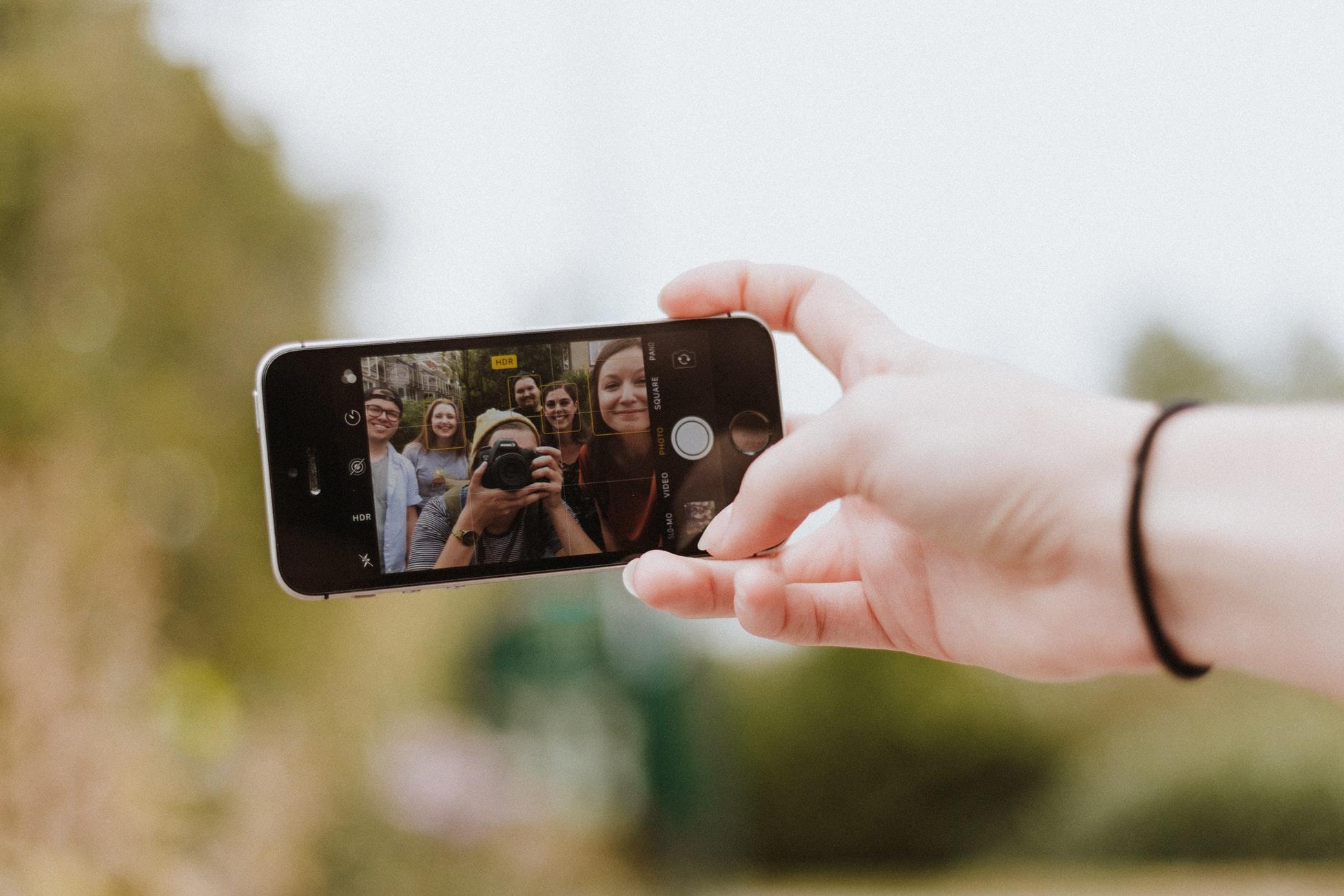 Selfie Family Reunion Game Idea