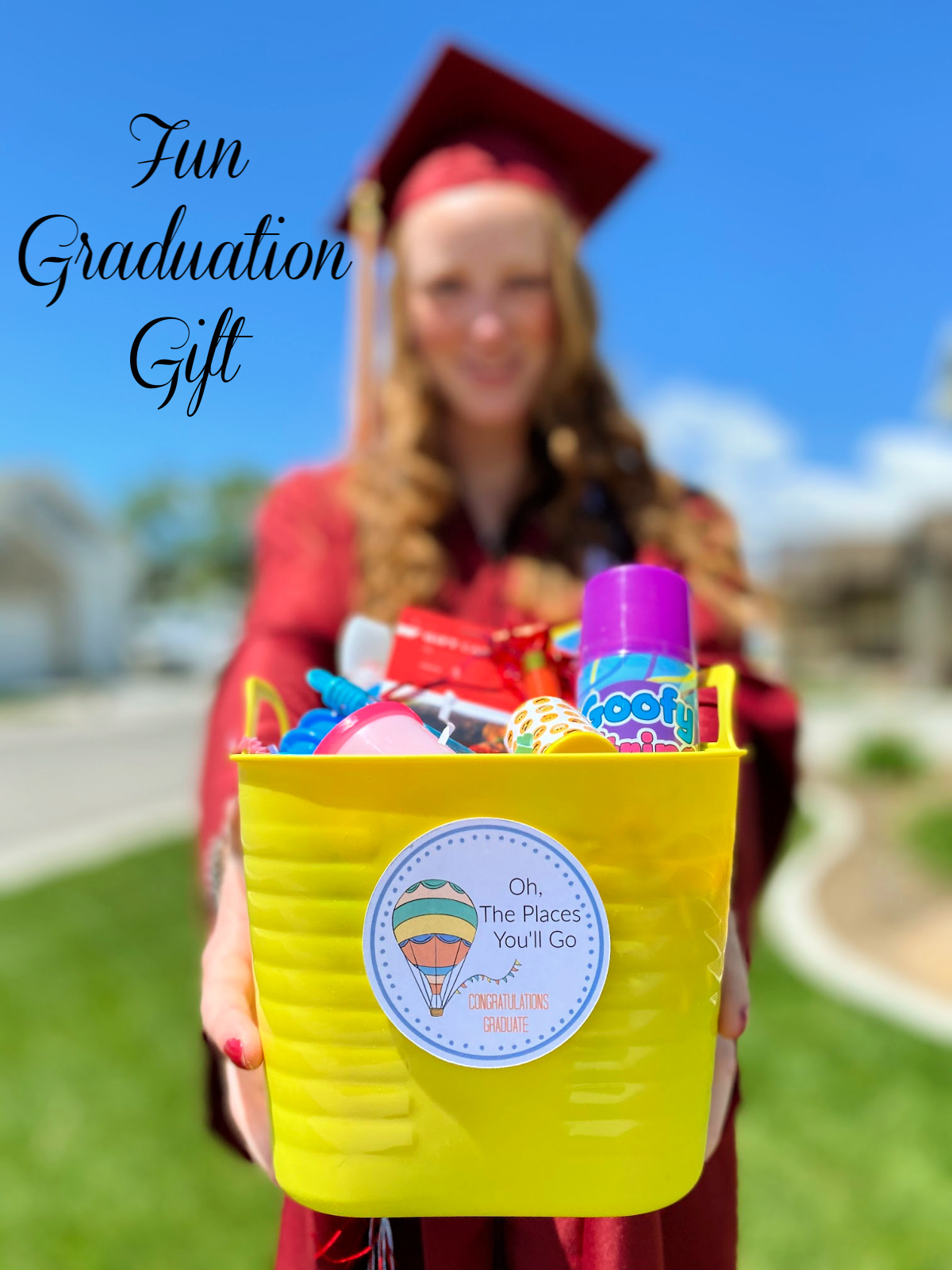 Fun Graduation Gift. This is a perfect gift for any graduate and a really simple way to say congratulations. #fungradgift #graduationgift #graduationgiftideas #gradgifts