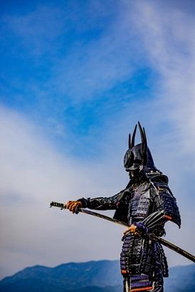 親子で作ろう鎧・兜の無料ペーパークラフトサイト4選!