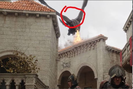 They kinda forgot Dany was supposed to be riding Drogon while he burned down the city
