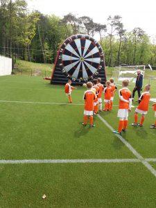 Mega voetbal dartbord knvb voetbalkampen