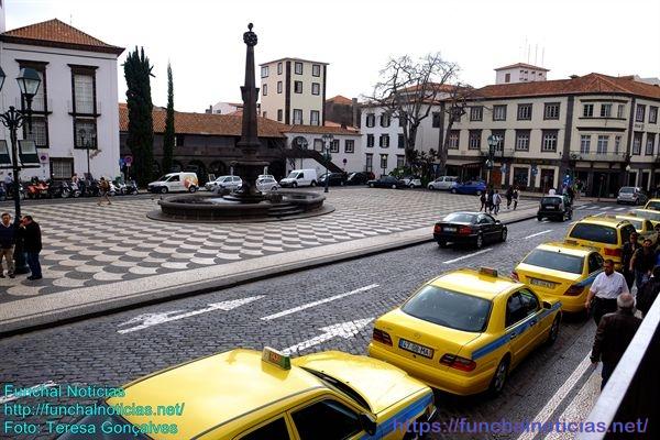 Praça-Municipio03