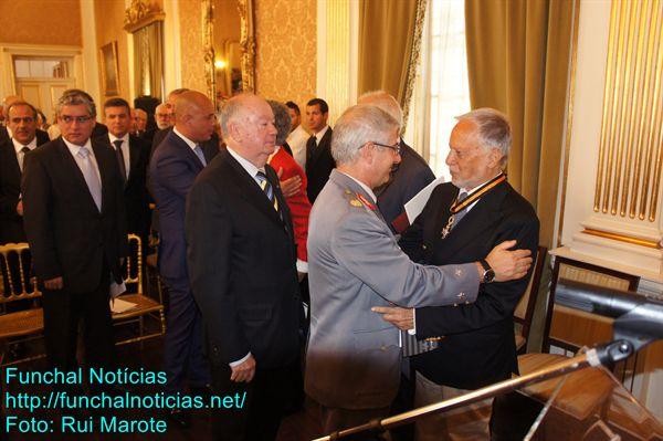 Entre os convidados esteve Alberto João Jardim. O ex-Presidente do Governo Regional ficou sentado na primeira fila, ao lado de atuais governantes, autarcas e deputados da oposição.