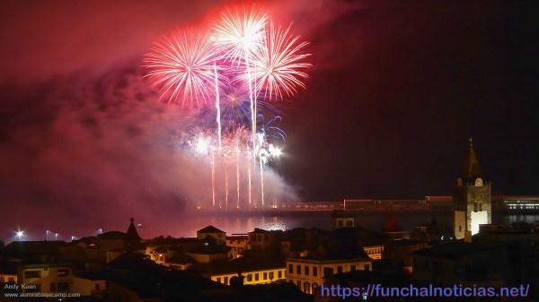 Junho é mês do Festival do Atlântico, espetáculo piromusical.