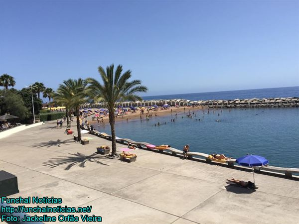 praia-calheta-002