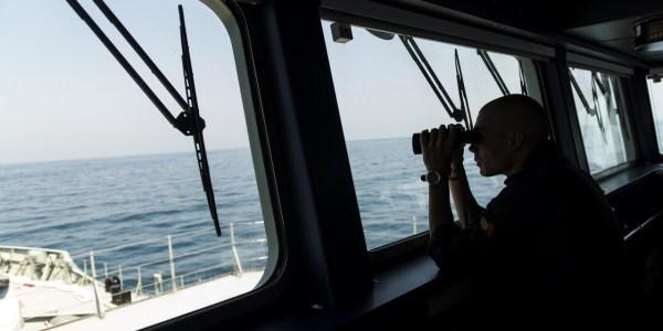 Os deputados comunistas pedem reforço dos meios de fiscalização nos mares da Madeira (foto Observador.pt).