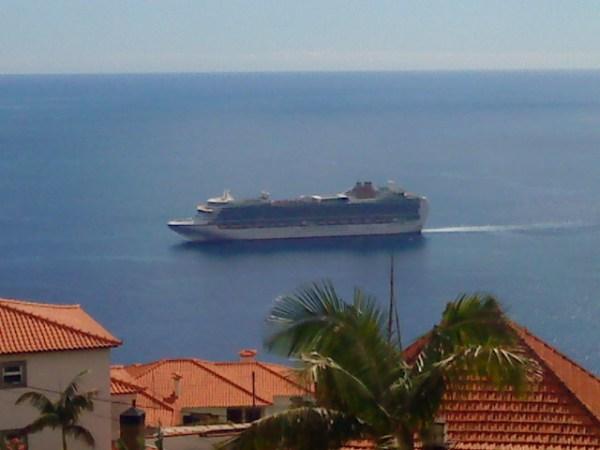 navio ligação marítima continente