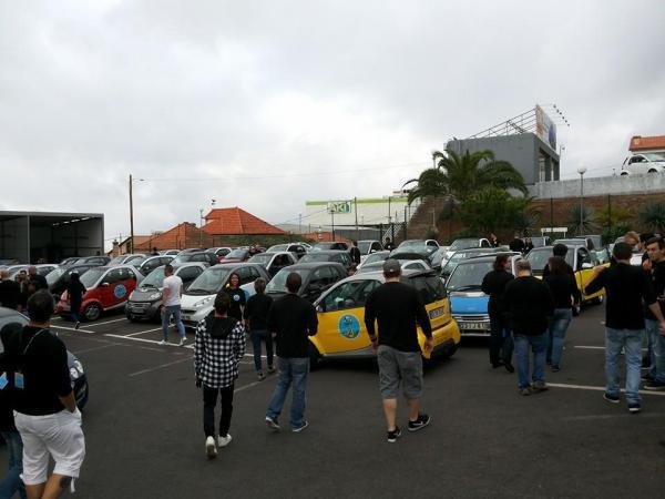 Os Smarts dos participantes encheram todo o parque das instalações da C. Santos VP