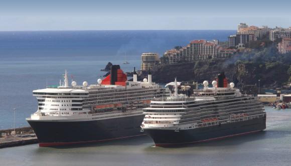 cen navios cruzeiroros porto do Funchal