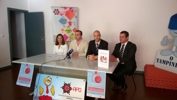 Basquetebol Aquático  torneio solidário apresentado cbe200472519b