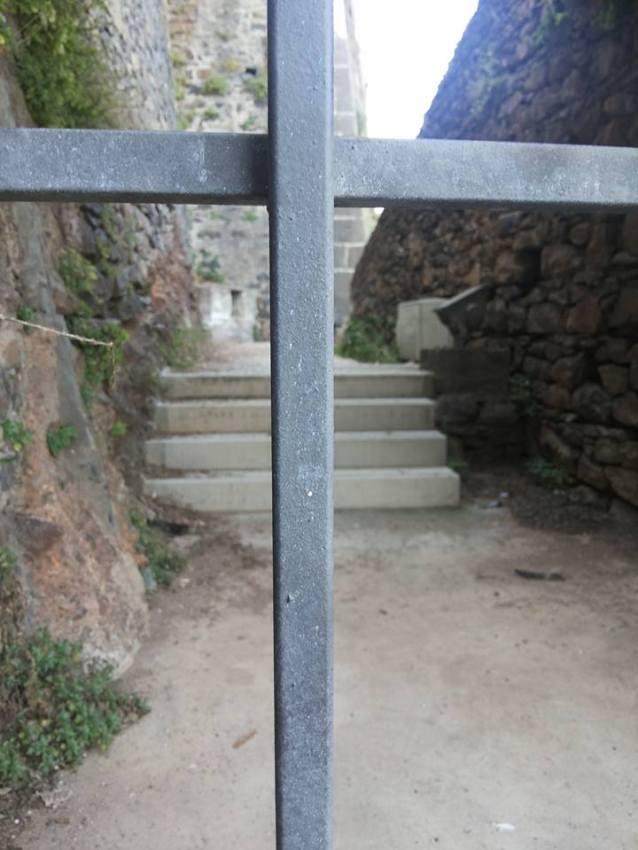 Fortaleza do Pico traseiras