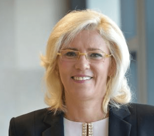 A comissária europeia Corina Cretu