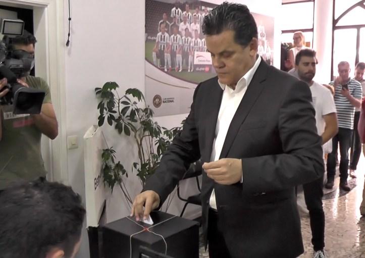 Rui Alves vota