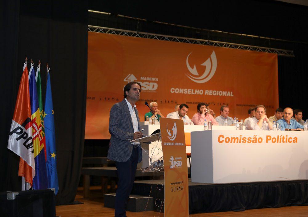 """Conselho Regional do PSD-M diz que há """"traidores locais"""" a bloquear as questões pendentes com a República"""