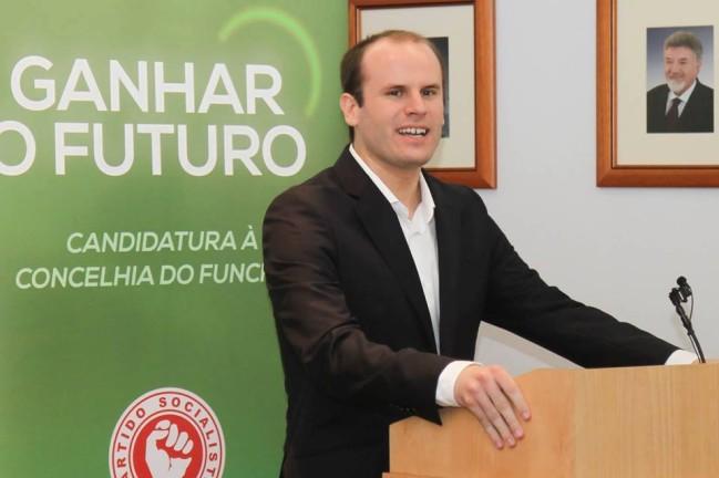 """TAP: Vice-presidente do PS-M acusa Prada de """"atirar areia para os olhos das pessoas"""""""