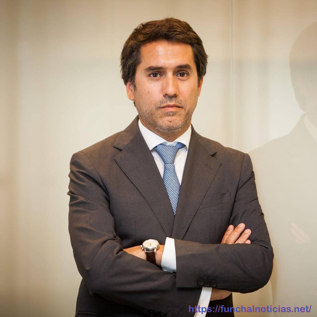 António Costa muda de chefe de gabinete
