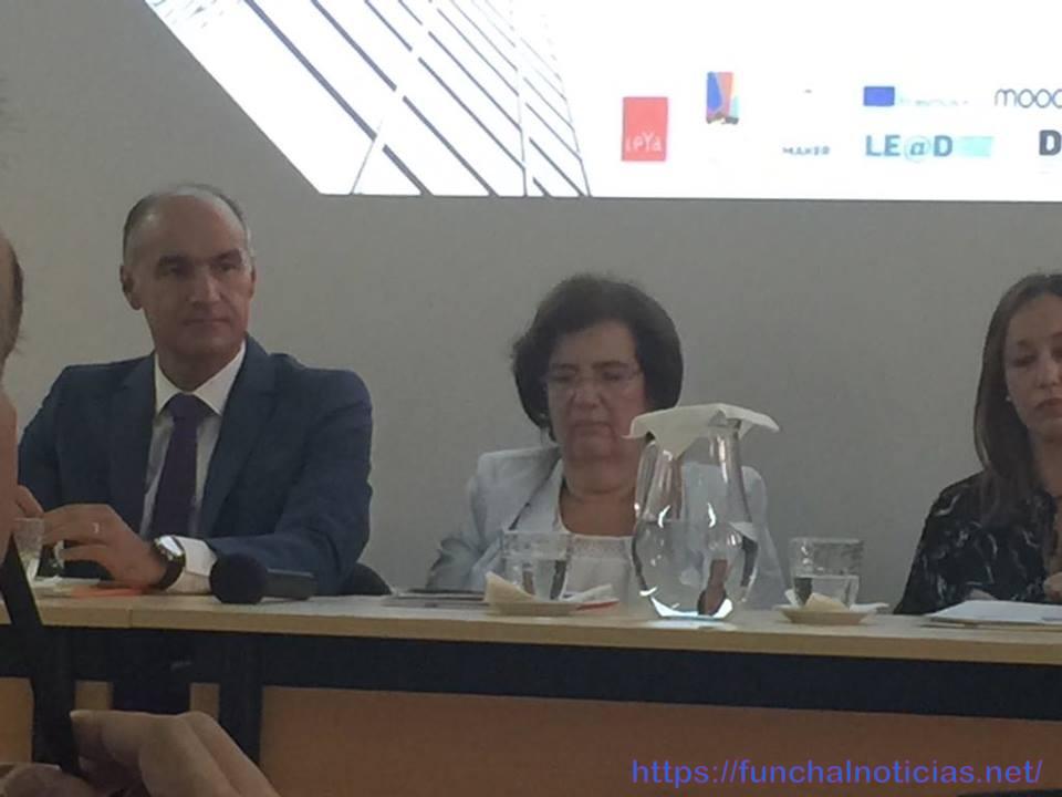 Encontro na Escola Jaime Moniz: Jorge Carvalho desafia as lideranças a apostarem na inovação