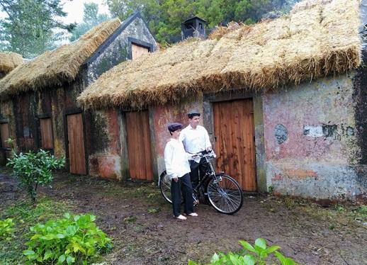 """Casas do Caramujo (São Vicente) reconstruídas para ser cenário do filme """"Cartas de Fora"""""""