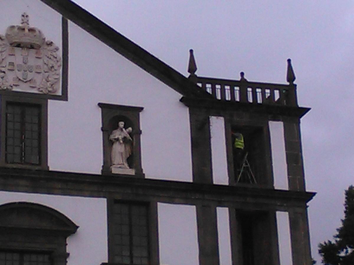 Estepilha! Será que São Francisco de Borja e Santo Estanislau vão ter companhia?