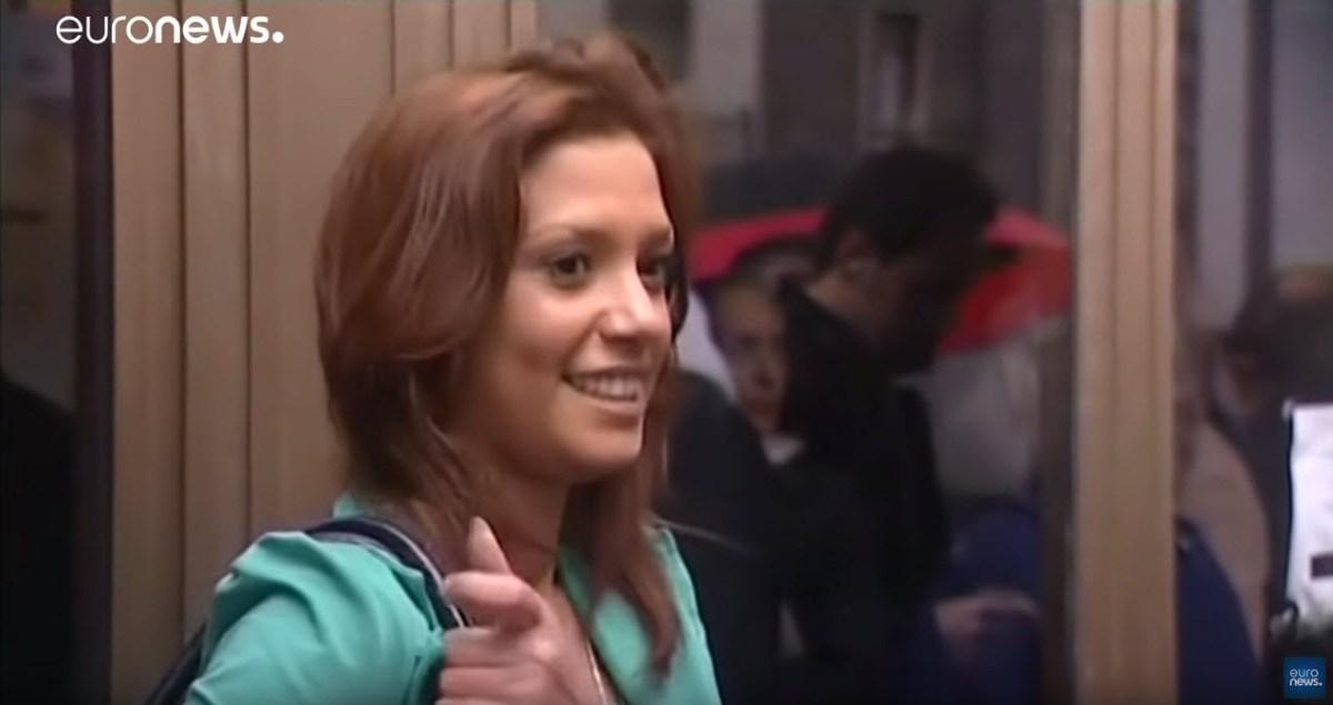 """Morte suspeita de testemunha das festas """"bunga bunga"""" de Berlusconi Imane Fadil[vídeo]"""