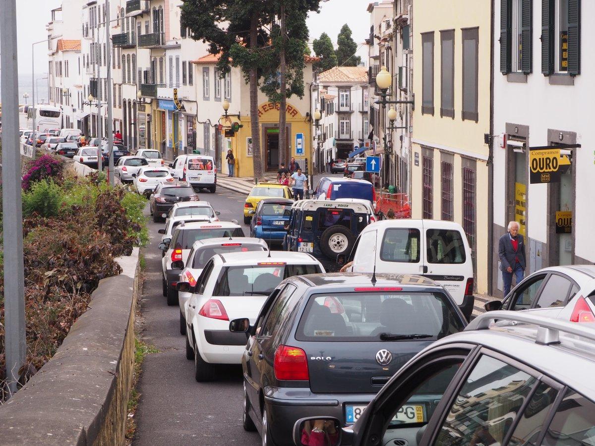 Alterações no centro da cidade causam caos no trânsito