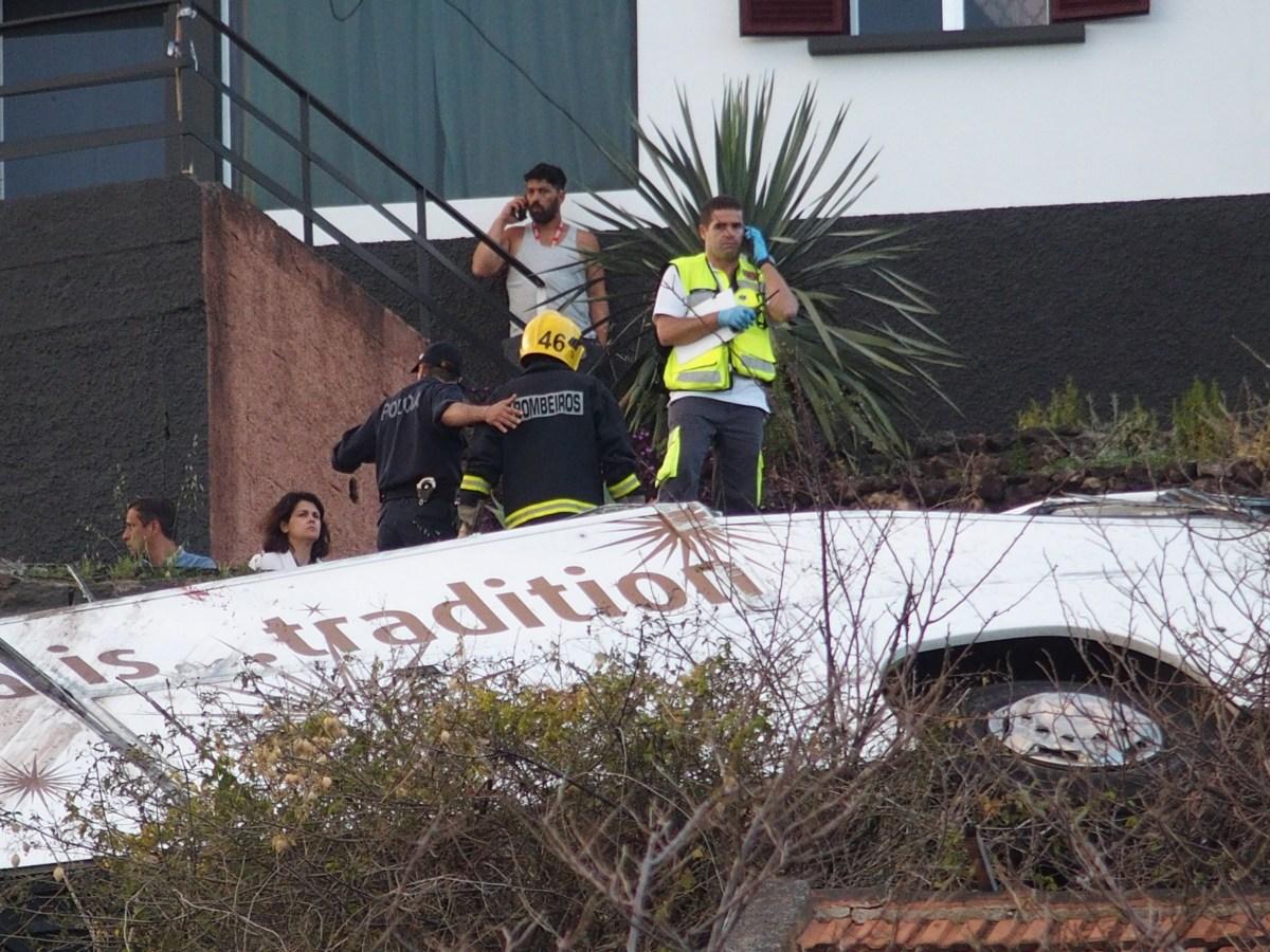 """Condutor do autocarro acidentado estaria a trabalhar há 13 horas, sindicato denuncia """"carga horária para além daquilo que é permitido legalmente"""""""