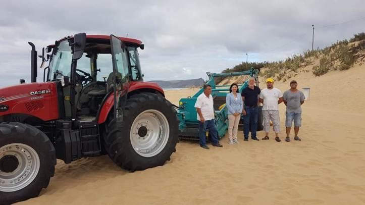 Susana Prada limpeza da praia Porto Santo