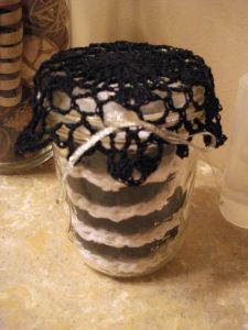 Reusable Makeup Pads with Doily Lid