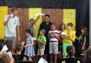 """Crianças se divertem no Museu Municipal com a peça """"Chaves e a fábrica de papel"""""""