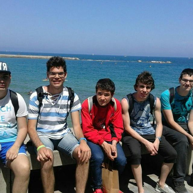 Dia de platja avui pel grup Perseo grupPerseo casalfriends Bogatellhellip
