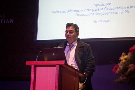 Juan Pablo Venegas en Mesa Reinserción Social: garantía de derecho a la educación y capacitación de adolescentes y jóvenes de programas para infractores de ley penal.