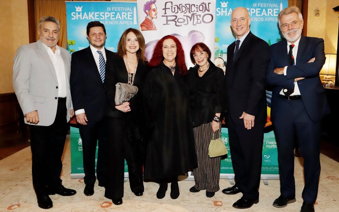 Presentación del 9no Festival Shakespeare en la residencia británica