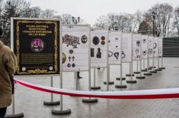 Otwarcie Wystawy 'Biżuteria patriotyczna i pamiątki historyczne XIX i XX wieku - Jasna Góra - 4 grudnia 2018 r. - fot. Andrzej Famielec IMGP2285