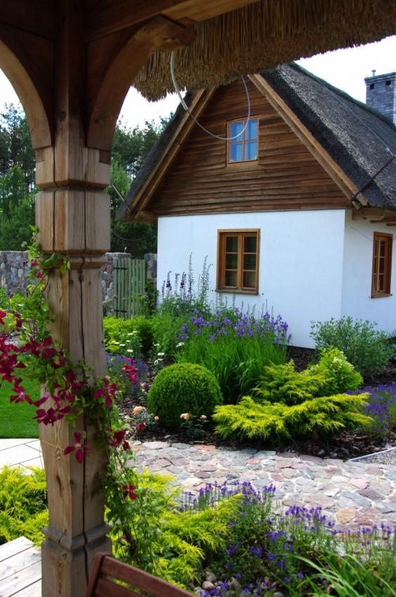 wiejski ogród pracowni sztuki ogrodowej, która zaprojektuje nasz ogród społeczny w Trójmieście