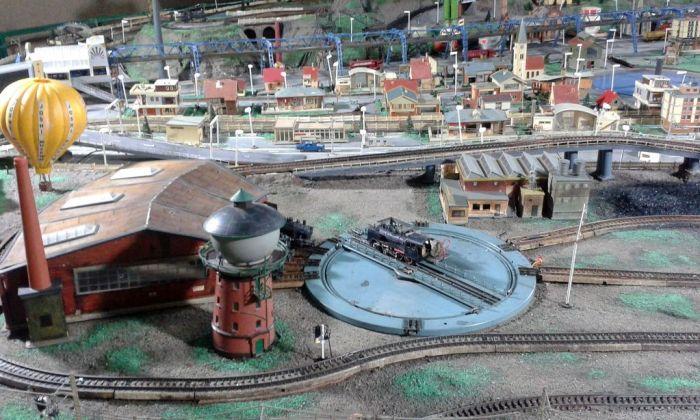 It's a small world. Joshi's Museum of Miniature Railiways, Pune, India