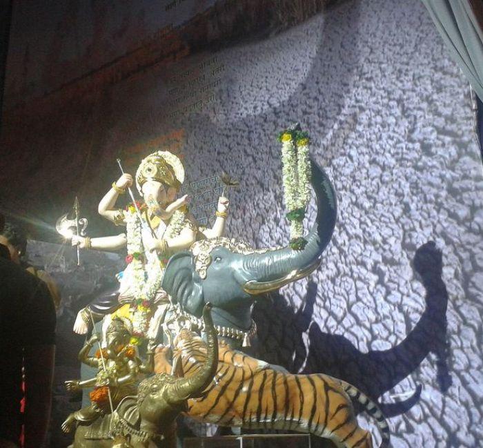 Hatti Ganpati, Lord Ganesh on an Elephant. Ganesh Chaturthi, Pune, India