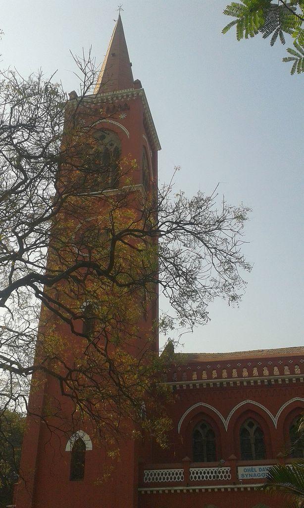 Red against blue. Ohel David Synagogue (Lal Deval), Pune, India